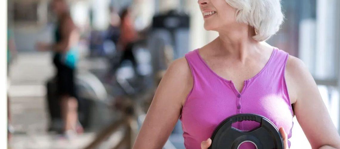 femeie cu pierdere în greutate peste 50 de ani