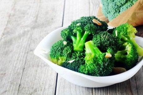 broccoli te face să slăbești)