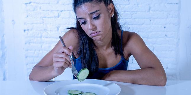 pierderea excesivă în greutate și pierderea poftei de mâncare)