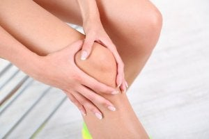 dureri de oase și pierdere în greutate)