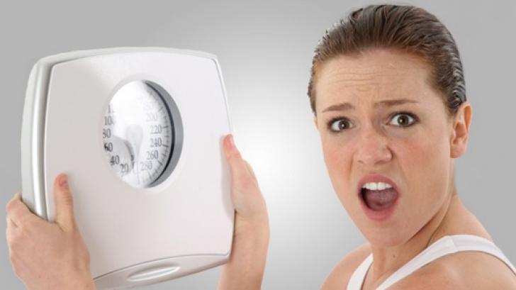Dietă controversată. Medicul care îți recomandă să slăbești sărind peste mese