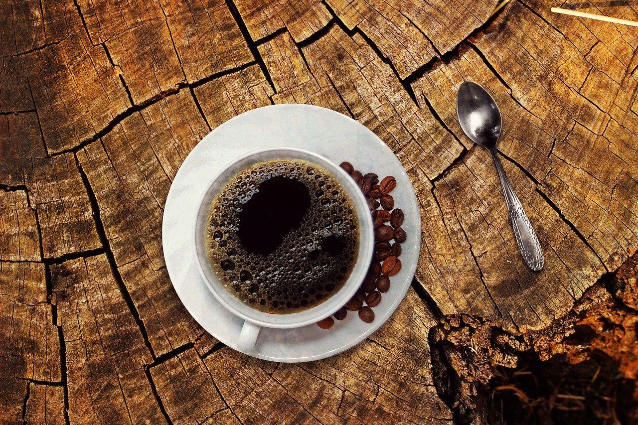 Modul de a face ghimbir uscat cu o cafea neagra pentru pierderea in greutate