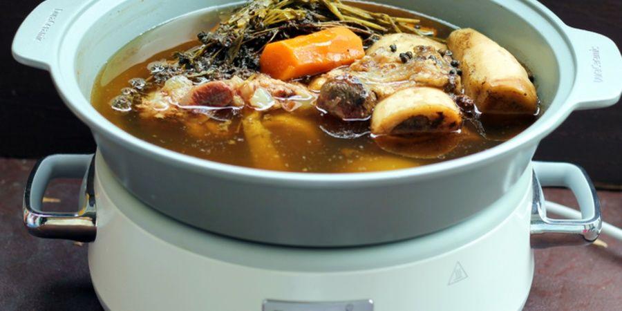 Elimina grasimea din supa