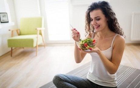 pierdere în greutate porții mai mici)