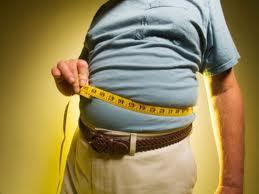 femeia de vârstă mijlocie pierde în greutate