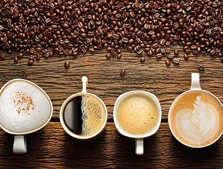 slabirea cafelei beneficiază)